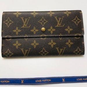 LOUIS VUITTON Monogram International Wallet